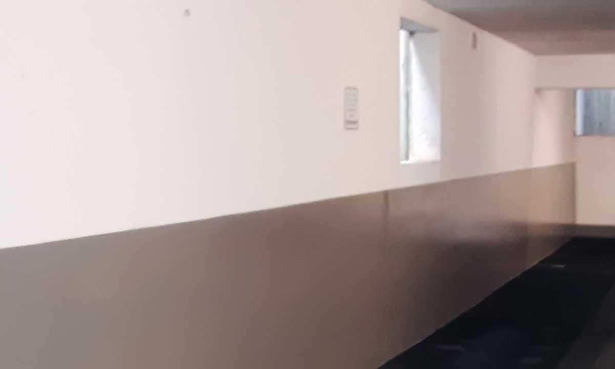 Boden- und Wandbeschichtungen